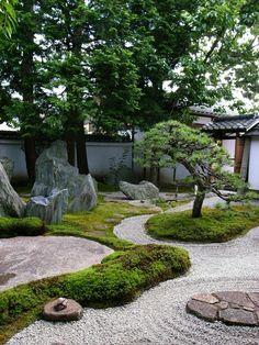 Japonská zahrada socha Buddhy