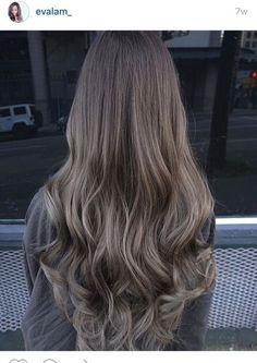 Braune Haare mit blonden Highlights www.donalovehair.de
