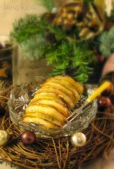 Zsírjában sült pecsenye kacsamáj grillezett almával Seaweed Salad, Ethnic Recipes, Food, Essen, Meals, Yemek, Eten
