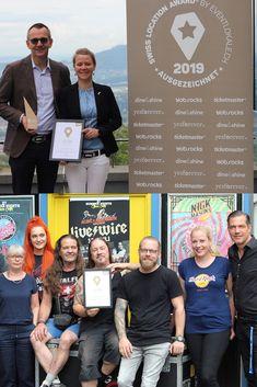 Stolz und glücklich: In der Kategorie «Eventlocations» vom Swiss Location Award 2019 hat der Gurten - Park im Grünen in Wabern den 1. Platz erreicht, die Konzertfabrik Z7 in Pratteln hat den Publikumspreis gewonnen.
