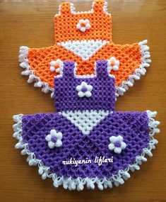 Manta Crochet, Crochet Baby, Simple Party Makeup, Baby Knitting Patterns, Crochet Patterns, Woolen Craft, Rainbow Crochet, Crochet World, Crochet Designs