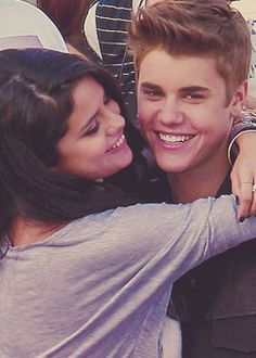 justin bieber and selena gomez Justin Love, Justin Bieber Selena Gomez, Selena And Taylor, Justin Bieber And Selena, Justin Bieber Pictures, Taylor Swift, Cute Celebrity Couples, Cute Couples, Marie Gomez
