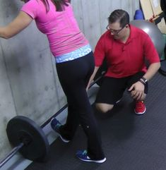 I wanted to show you the 4 Best Knee Pain Stretches. 4 Best Knee Pain Stretches CLICK HERE to watch the video. I had Jenna to demonstrate the exercises. #1 – Wall Calf Stretch Start [...]