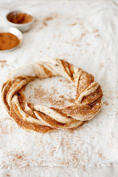 sweet braided bread (the finnish 'pulla')