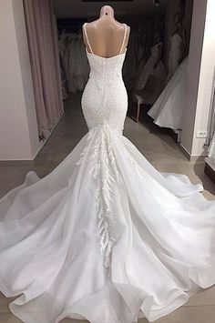 Sexy Spaghetti Lace Appliqed Beaded Open Back Mermaid Wedding Dress Luxury Cryst. Off White Wedding Dresses, Amazing Wedding Dress, Green Bridesmaid Dresses, Elegant Wedding Dress, Best Wedding Dresses, Cheap Wedding Dress, Bridal Dresses, Ivory Wedding, Elegant Dresses