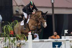 El jinete irlandés Shane Breen repitió nuevamente en el CSI4* Al Shira'aa International Horse Show en Abu Dhabi, para sumar otra victoria FEI esta semana.