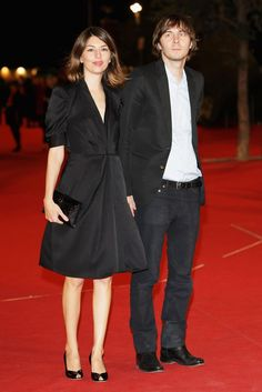 Sofia Coppola - not a pear - but looking great in an outfit that would suit pear shaped ladies.