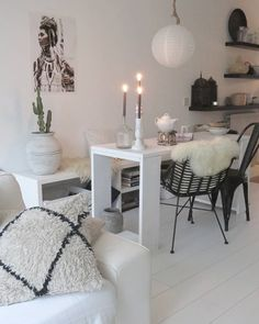 Nordic Style, Retro, Interior Inspiration, Cosy, Corner Desk, Living Rooms, Mid-century Modern, Kitchen Ideas, Tables