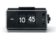 Braun Phase 2 Alarm clock by Dietrich Lubs Id Design, Retro Design, Alarm Clock Design, Dieter Rams Design, Braun Dieter Rams, Bedroom Clocks, Vintage Appliances, Retro Clock, Retro Futuristic