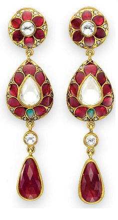 #kundan, #indianjewelry, #mughaljewelry, #shaadi, #india, #diamond, #shaadijewelry , #goldjewelry, #gold, #earrings, #ruby, #polki
