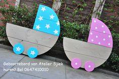 Geboortebord voor een jongen of meisje #roze #blauw #wieg #hout