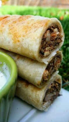 Musakhan - Middle Eastern Chicken Rolls - These are pretty much the Middle Eastern version of taquitos :) Musakhan chicken wraps are based on a classic Palestinian dish that has . Lebanese Recipes, Turkish Recipes, Greek Recipes, Indian Food Recipes, Ethnic Recipes, Arabic Recipes, Lebanese Cuisine, Persian Recipes, Middle Eastern Chicken