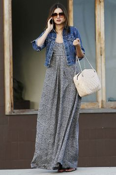 45 So Lovely Maxi Dress Outfits you should try in 2016 - Mom Dress Casual - ideas of Mom Dress Casual - So Lovely Maxi Dress Outfits you should try in 20160101 Hijab Fashion, Fashion Dresses, Casual Dresses, Casual Outfits, Dresses Dresses, Denim Jacket With Dress, Look Blazer, Mode Boho, Mode Hijab