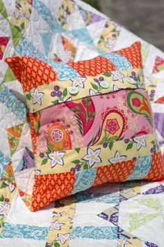 Virginia Reel Pillow from Amanda Murphy | Check out patterns on Craftsy!