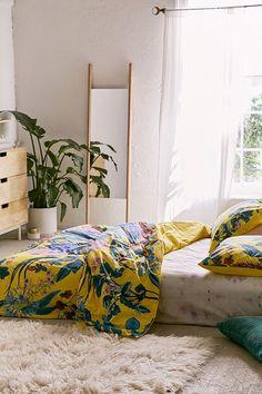 Slide View: 2: Elle Floral Scarf Duvet Cover