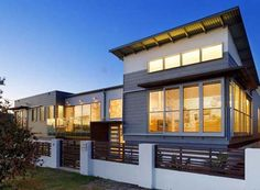 Modern Beach House Design Architecture Residential With Pool And Courtyard Garden Decorating