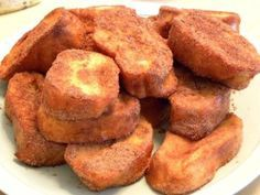 Bake your favorite treats with our many sweet recipes and baking ideas for desserts, cupcakes, breakfast and more at Cooking Channel. Portuguese Desserts, Portuguese Recipes, Vegan Christmas, Christmas Desserts, Cookie Recipes, Snack Recipes, Cooking Pumpkin, Happy Kitchen, Xmas Food