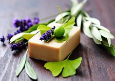 Soap Recipes For Beginners - homemade soap Diy Beauty Hacks, Soap For Sensitive Skin, Green Tea Face, Face Soap, Homemade Soap Recipes, Best Soap, Recipes For Beginners, Home Made Soap, Handmade Soaps