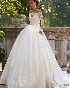 2016 new white ivory wedding dress embroidered bride drain shoulder