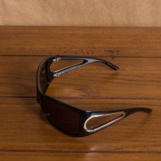 Óculos de Sol Marc Jacobs www.magarderobestore.com
