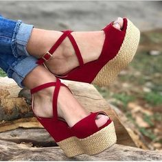 Wedges for girls, in a large choice of on-trend patterns. Pretty Shoes, Beautiful Shoes, Wedge Shoes, Shoes Sandals, Studded Heels, Custom Shoes, Shoe Collection, Me Too Shoes, Fashion Shoes