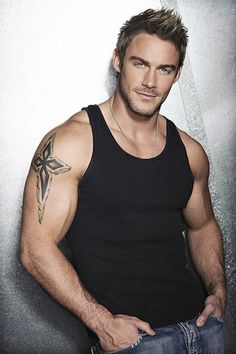 Jessie Pavelka has the right look to be Chris Merit