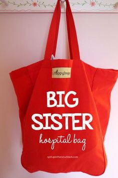 Have a new little sibling on the way? Make the big sister (or brother) feel special on the big day with this hospital grab bag full of fun activities.