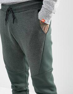 604d4ad679c39 Nike Tech Fleece Joggers In Green 805162-382 at asos.com