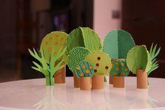 Ideias Giras: Floresta - rolos de papel e cartão
