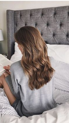 Here we have come up with some tips on how to get thicker hair naturally.Here we have come up with some tips on how to get thicker hair naturally. So, do not delay anymore/ Click fast: hairstraightenerb. Get Thicker Hair, Natural Hair Styles, Long Hair Styles, Natural Waves Hair, Loose Waves Hair, Bun Styles, Love Hair, Balayage Hair, Haircolor
