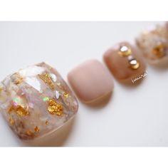 ネイルデザインを探すならネイル数No.1のネイルブック Colorful Nail Designs, Toe Nail Designs, Toe Nail Art, Acrylic Nails, Mani Pedi, Manicure, Nail Parlour, Nail Pops, Studded Nails