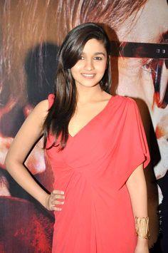 Alia Bhatt | Videos, Wallpapers, Movies, Photos, Biography - Bollywood Hungama