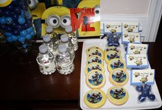 Despicable Me Party Decorations   Our Despicable Me Birthday Party Using Photofrost Edible Frosting ...