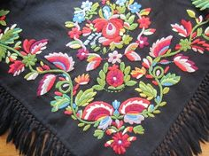 Gorgeous - embroidery from Vest-Agder Folk Embroidery, Learn Embroidery, Silk Ribbon Embroidery, Embroidery For Beginners, Embroidery Techniques, Floral Embroidery, Embroidery Patterns, Machine Embroidery, Scandinavian Embroidery