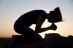 """""""Mi casa será una casa de oración""""  Viernes de la XXXIII Semana del Tiempo Ordinario  📖 Evangelio según Lucas 19, 45-48 Jesús al entrar al Templo, se puso a echar a los vendedores, diciéndoles:  http://www.fundacionpane.org/evangelio-del-dia-lectio-divina-lucas-19-45-48-2/"""