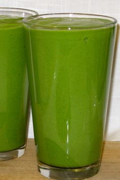Green Mango Coco Smoothie: coconut milk, vanilla protein powder, spirulina, stevia liquid, mango, pineapple, swiss chard, ice