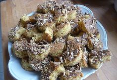 Diós félholdak Cauliflower, French Toast, Cooking Recipes, Meat, Chicken, Vegetables, Breakfast, Cake, Gastronomia