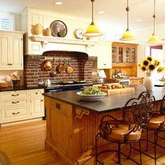 cerâmica ou tijolinho aparente , atrás do fogão, dão a rusticidade