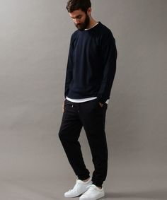 Nice style via united arrows ltd. Business Casual Men, Men Casual, Smart Casual, Normcore Fashion, Mens Fashion, Daytime Outfit, Looks Black, Stylish Boys, Fashion Essentials