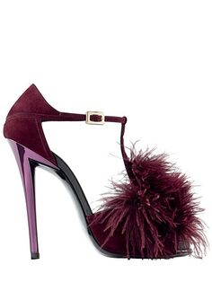 burgundy wine color feathers sandal