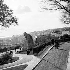 Lisboa de Antigamente: miradouro Portugal, Lisbon, Mount Rushmore, Sidewalk, Culture, Mountains, History, Pico, Places