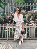 Very Light and Fresh Look. - Street Fashion, Casual Style, Latest Fashion Trends - Street Style and Casual Fashion Trends Spring Summer Fashion, Spring Outfits, Outfit Summer, Casual Summer, Dress Summer, Long Skirt Outfits For Summer, Spring Dresses, Spring Skirts, Autumn Outfits