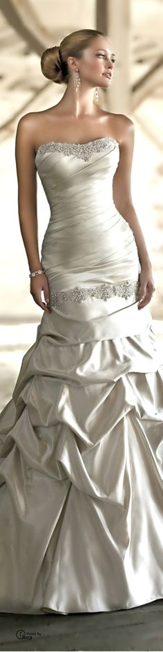 Gorgeous oyster colour wedding Gown
