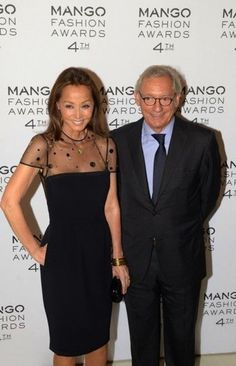 Isabel Preysler Photos - Isabel Preysler and Isak Andic attend the Mango Fashion Awards 2012 Gala held at the Museu Nacional d'Art de Catalunya on May 2012 in Barcelona, Spain. Cocktail Outfit, Sixties Fashion, Fashion For Women Over 40, Mango Fashion, Classy Dress, Chic Outfits, Peplum Dress, Celebrity Style, High Fashion