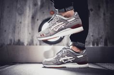 Sweetsoles – Highs And Lows x Asics Gel Lyte III 'Bricks and...