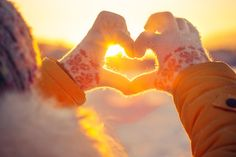 This year in the northern hemisphere, today marks the Winter Solstice. This is the shortest day of the year and the longest night. During a three day period over the Winter Solstice, the sun rises Learning To Love Yourself, Love Yourself First, Winter Time, Winter Holidays, Winter Fun, Winter Months, Winter Date Ideas, Christmas Tress, Loving Kindness Meditation