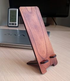 Charred Wood Stand Holder Cradle for Smart Cell Phone Cherry Woodworking Hand Planes, Woodworking Apron, Woodworking Plans, Woodworking Projects, Wood Phone Stand, Charred Wood, Mobile Holder, Cell Phone Plans, Amish Furniture