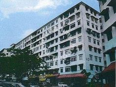 Flat Taman Bukit Segar, Cheras Near Leisure Mall - ============================================================= Flat Taman Segar Perdana Cheras near leisure mall KEE 0176664403 ============================================================= 686 sqft Currently tenanted good for investor 3 rooms 1 bathroom leasehold mid floor Come with lift want to view just call KEE 0176664403 Furniture: Unfurnished    http://my.ipushproperty.com/property/flat-taman-bukit-segar-cheras-near-le