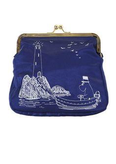 Moomin By Ivana Helsinki purse. Shop: http://shop.ivanahelsinki.com/collections/moomin-by-ivana-helsinki/products/moomin-by-ivana-helsinki-purse-1