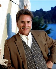 Don Johnson and his production company filed suit today in L. Superior Court seeking to recover profits from 2929 Entertainment -- owned by billionaire Mark Cuban, Rysher Entertainment and Qualia Capital -- over Nash Bridges. Don Johnson, Dakota Johnson, Division Miami, Missouri, Nash Bridges, Gorgeous Men, Beautiful People, Miami Vice, Herren Outfit